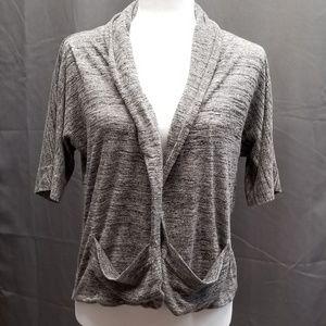 2 pocket black/white short sleeve cardigan